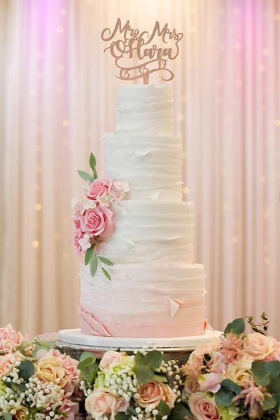 wedding-photographer-cake-greenwoods-flowers-(70).jpg