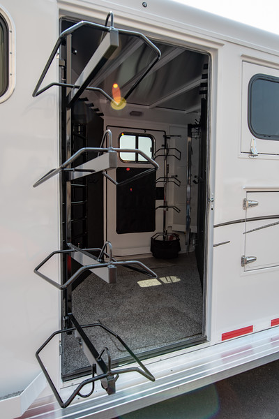 2019 TW Horse Trailers & Tack Rooms-92.jpg