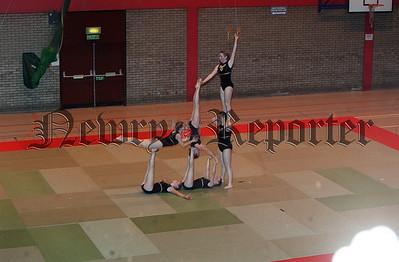 01W50S50 gymnastics