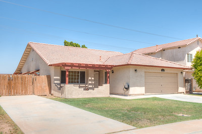 221 Sunset Dr, Imperial, CA 92251