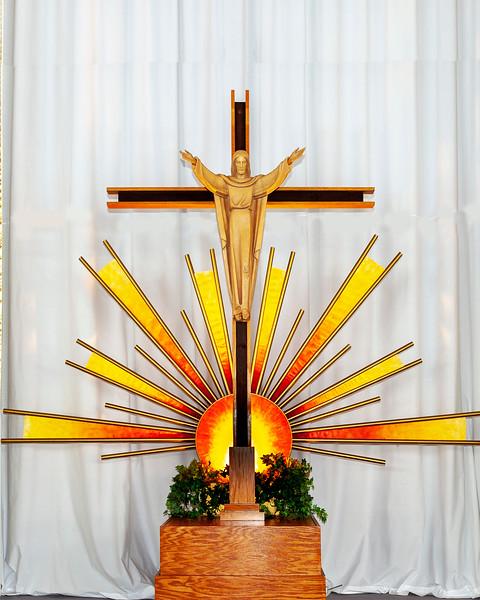 20180511 ABVM Altar -2877 cropped.jpg