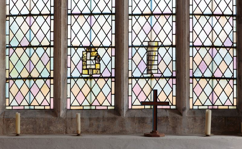 Existing window in Spaldwick Church, with fragments of glass from the previous window. See separate plan. Photo by Mark Heath (July 2012)