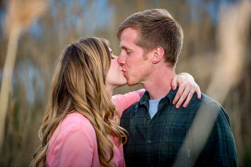 Hallie_and_Griffin_Engagement-7125.jpg