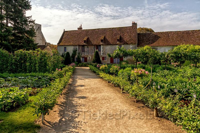 16th-Century Farm