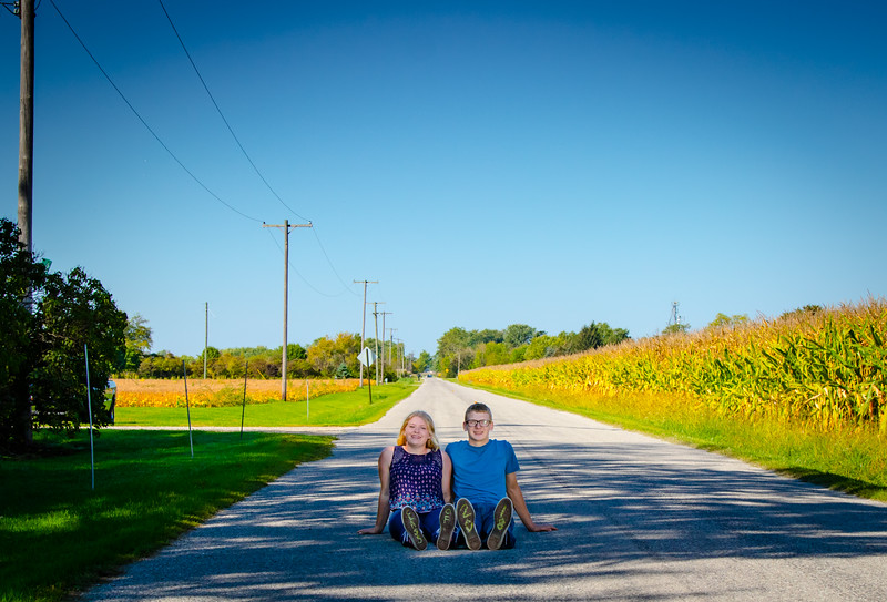 Madison and Dylans Senior  Pictures 2018-99.jpg