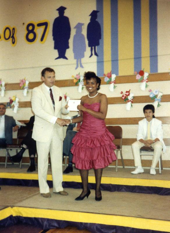 1987 06 - Dave and Tamara's Jr High Grad 016.jpg