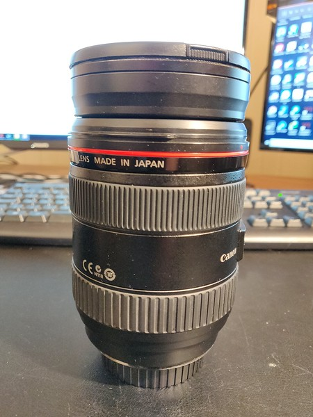 Canon EF 24-70mm 2.8 L USM - Serial UY1218 003.jpg