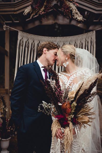 Requiem Images - Luxury Boho Winter Mountain Intimate Wedding - Seven Springs - Laurel Highlands - Blake Holly -1191.jpg