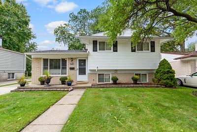 754 S Bywood Ave Clawson, MI, United States