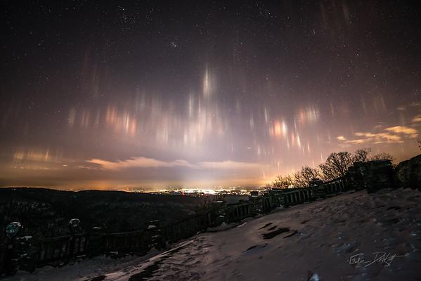 2-20 Coopers Night Ski and Light Pillars