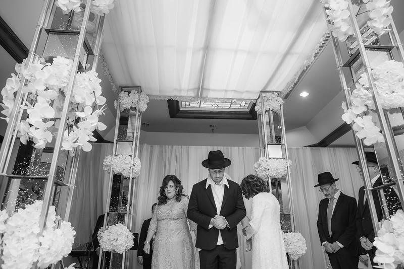 Miri_Chayim_Wedding_BW-563.jpg