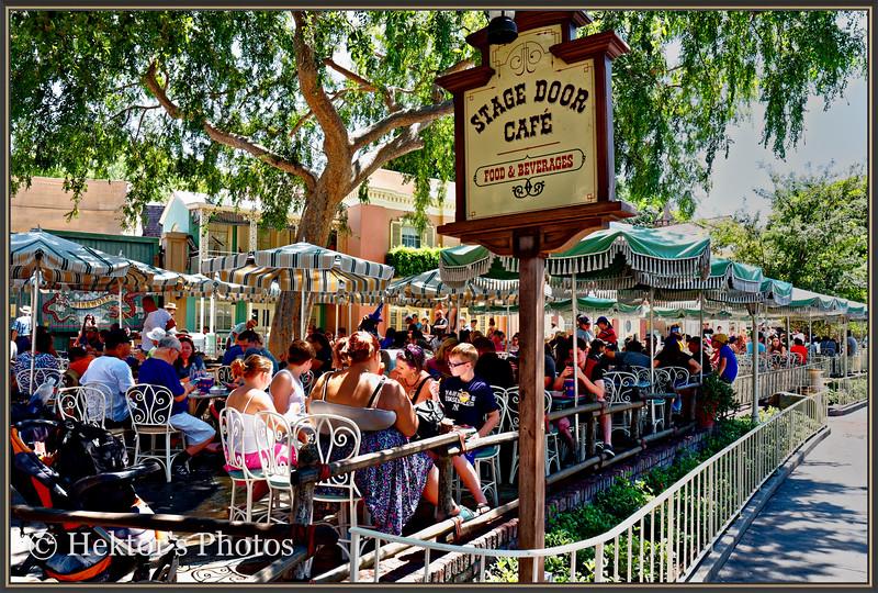 Disneyland Leica Q-17.jpg