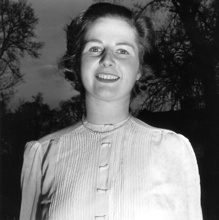 . Margaret Hilda Thatcher, nee Roberts, as the Conservative candidate for Dartford, Kent, and  before she married husband Denis.   (Photo by Chris Ware/Getty Images)