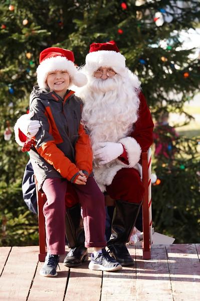 Santa In The Park 20190028.JPG