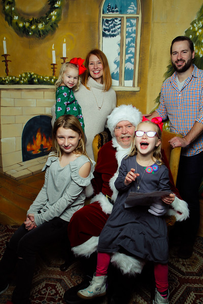 Pictures with Santa Earthbound 12.2.2017-047.jpg