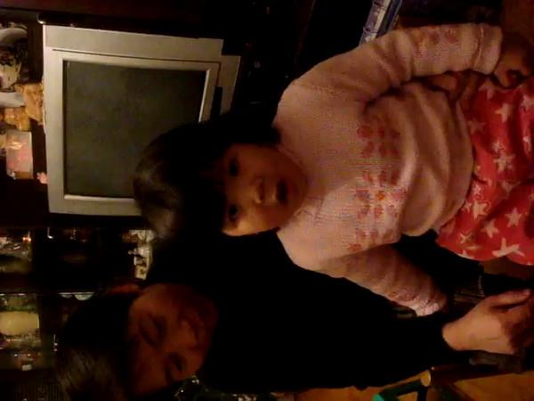 Linh Singing December 2007 002.MPG