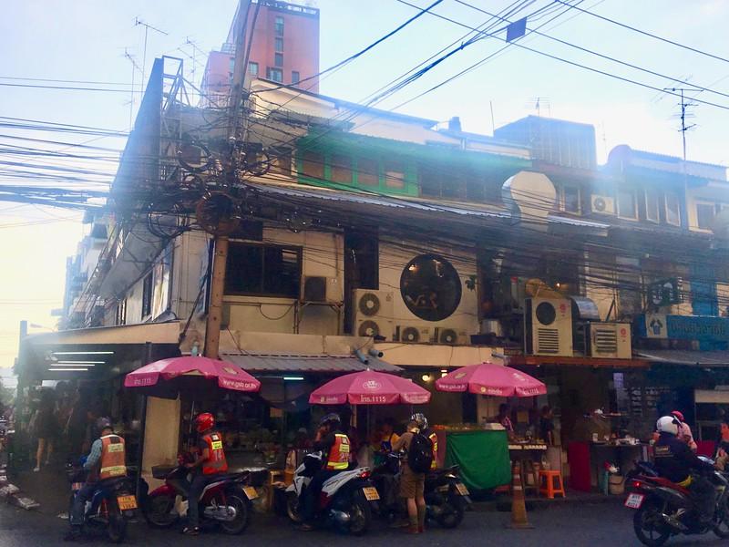 street-scene-ari-bangkok.jpeg