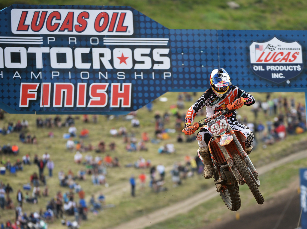 . Ken Roczen (94) is leading 450 class Moto #2 at Thunder Valley MX Park during the third round of the Lucas Oil Pro Motocross Championship. Lakewood, Colorado. June 07. 2014. Roczen finished as 1st. (Photo by Hyoung Chang/The Denver Post)