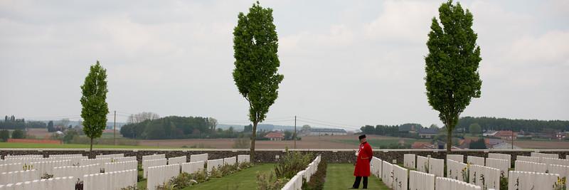 Ypres Tyne Cot Cemetery (84 of 123).jpg