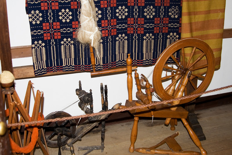 Spinning Wheel and Yarn Holder.jpg