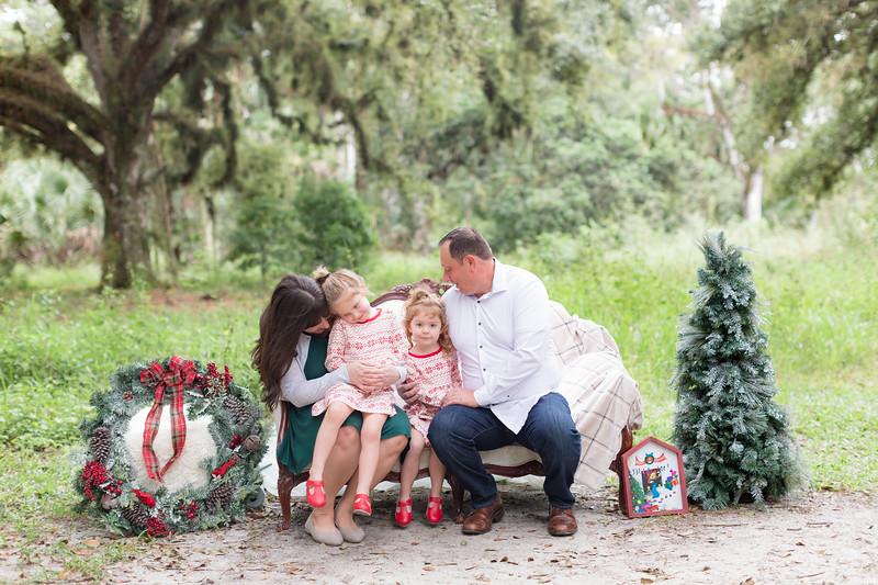 Holiday Minis- Bogie Family-3.jpg