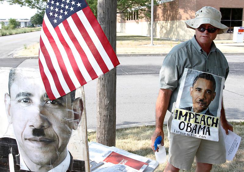 Obama Protest 01