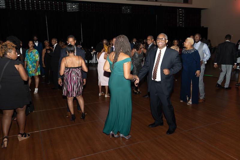 CC_Dinner_dance2019_inside2-33.jpg