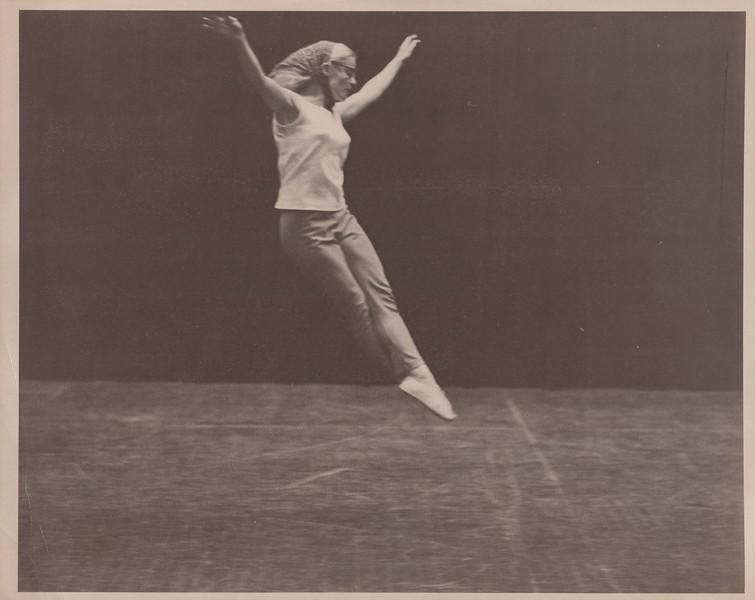 Dance_2415.jpg