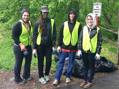 5.7.13 Patapsco River Invasive Plant Removal Near Lost Lake with HCC Students