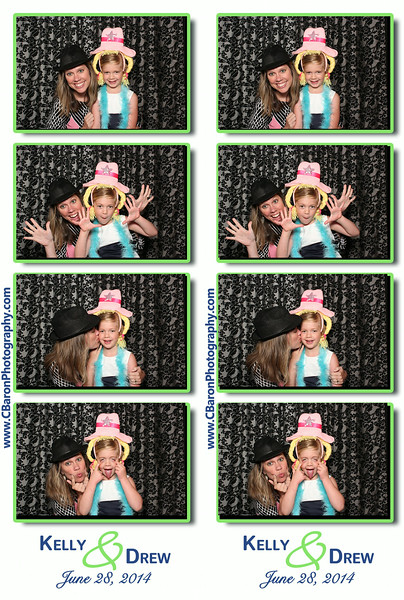 Kelly + Drew = Swanky Photobooth