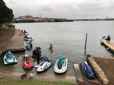 31Jan2018 - Jetskis North End Lake (Cellphone)