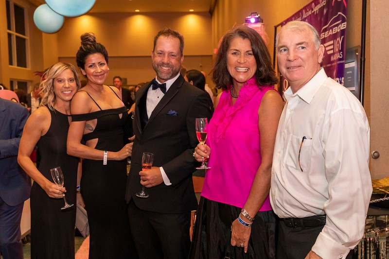 2019_11_Yachtail_Party_00175.jpg