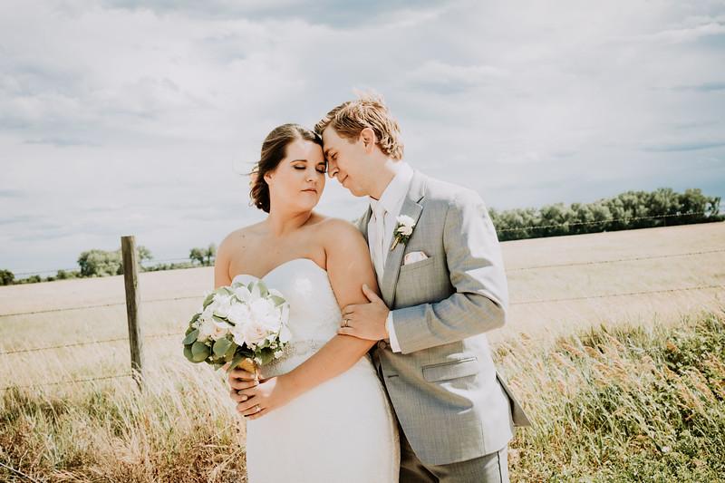 Mr & Mrs (Dirt Road)