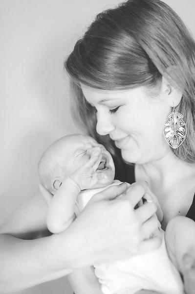 Aiden McFarland Newborn ~ 8.2014-174.jpg