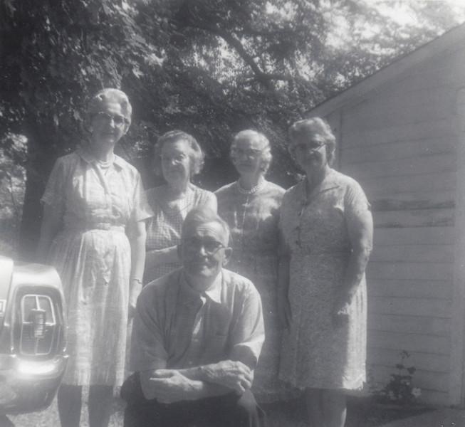 Vera Gallahan, Lula Robertson, Ethel Clark, Chloie Nipple & Emmett Robertson - August 20, 1969.jpg