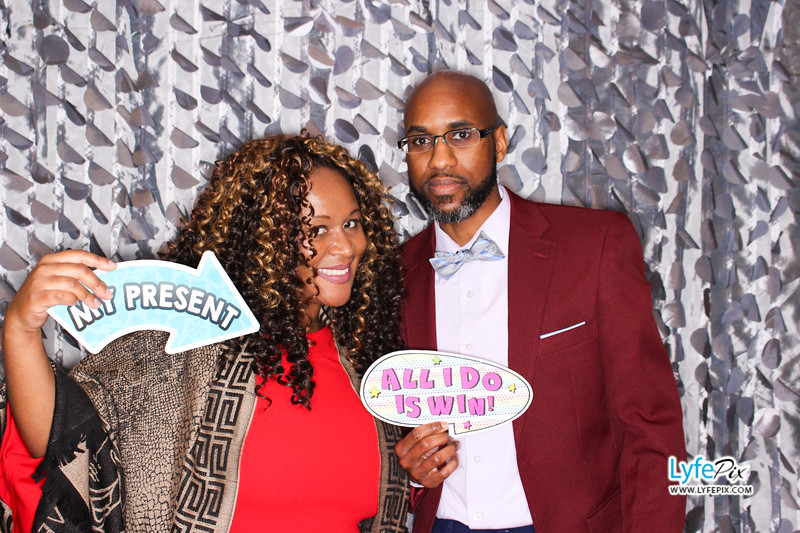 red-hawk-2017-holiday-party-beltsville-maryland-sheraton-photo-booth-0245.jpg