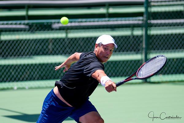 GRAND PRIX TENNIS PLAYOFFS