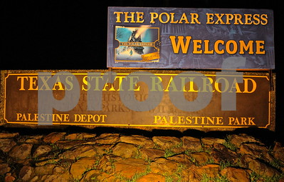 11/22/13 Texas State Railroad's Polar Express by James Bauer