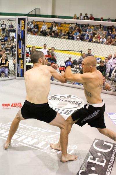 Mikey Waverek vs Branden Bell