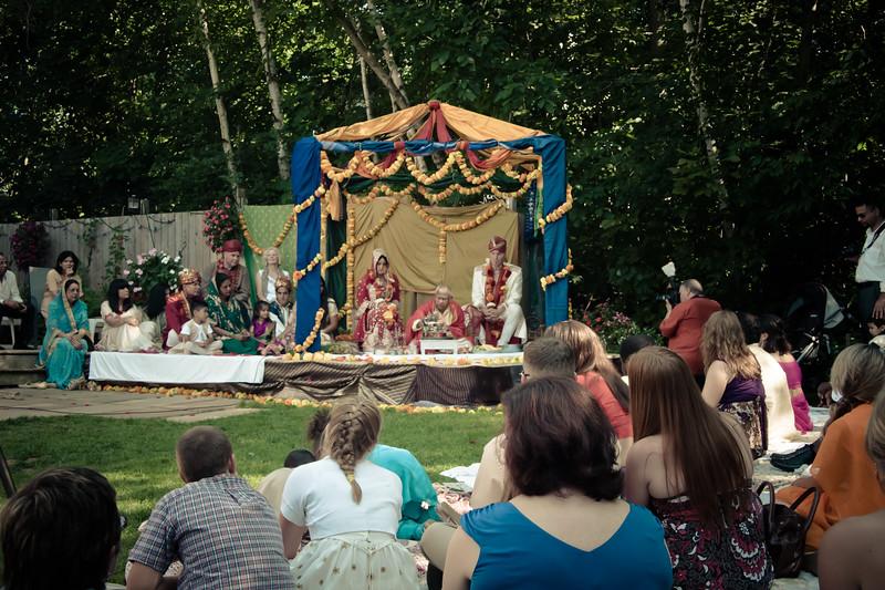 wedding-crowd_6031403862_o.jpg