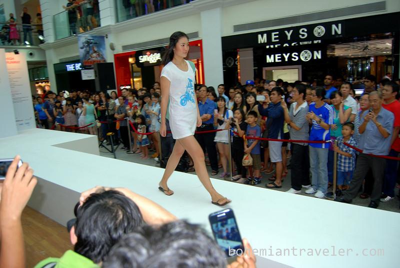 Singapore fashion show (2).jpg