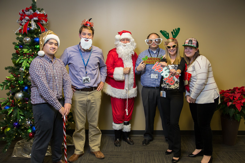 Resource Group 2016 Holiday Party-3140.jpg