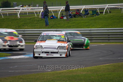 2014-05-17 - 18 Improved Production & E30s - Round 3 - Sandown