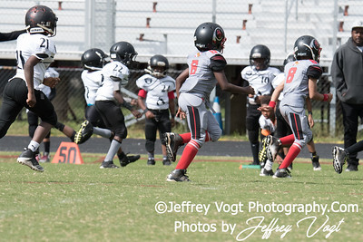 09-30-2017 North Potomac Braves Mighty Mites vs Metro Raiders at Quince Orchard HS, Photos by Jeffrey Vogt Photography
