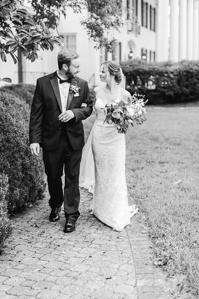 460_Ryan+Hannah_WeddingBW.jpg