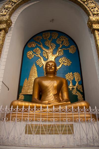 World Peace Pagoda - lake Phewa (28 of 43).jpg