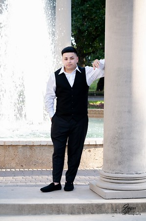 Erick senior pictures