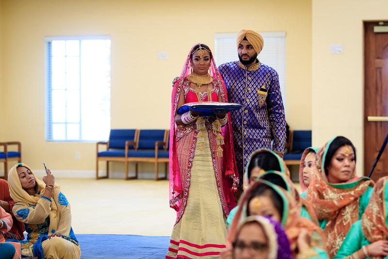Neelam_and_Matt_Gurdwara_Wedding-1348.jpg