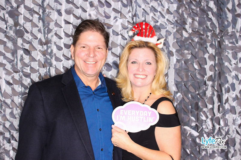 red-hawk-2017-holiday-party-beltsville-maryland-sheraton-photo-booth-0035.jpg
