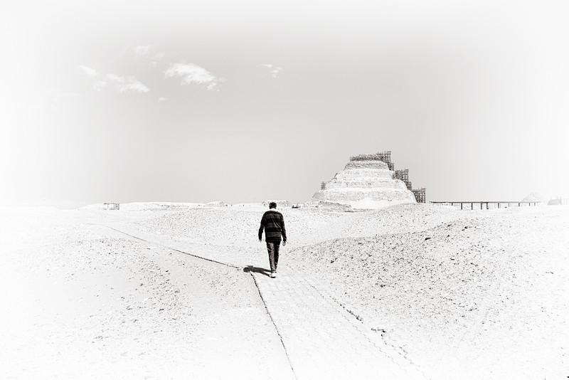 saqqara_unas_tomb_serapeum_dahshur_red_bent_pyramid_20130220_5046.jpg